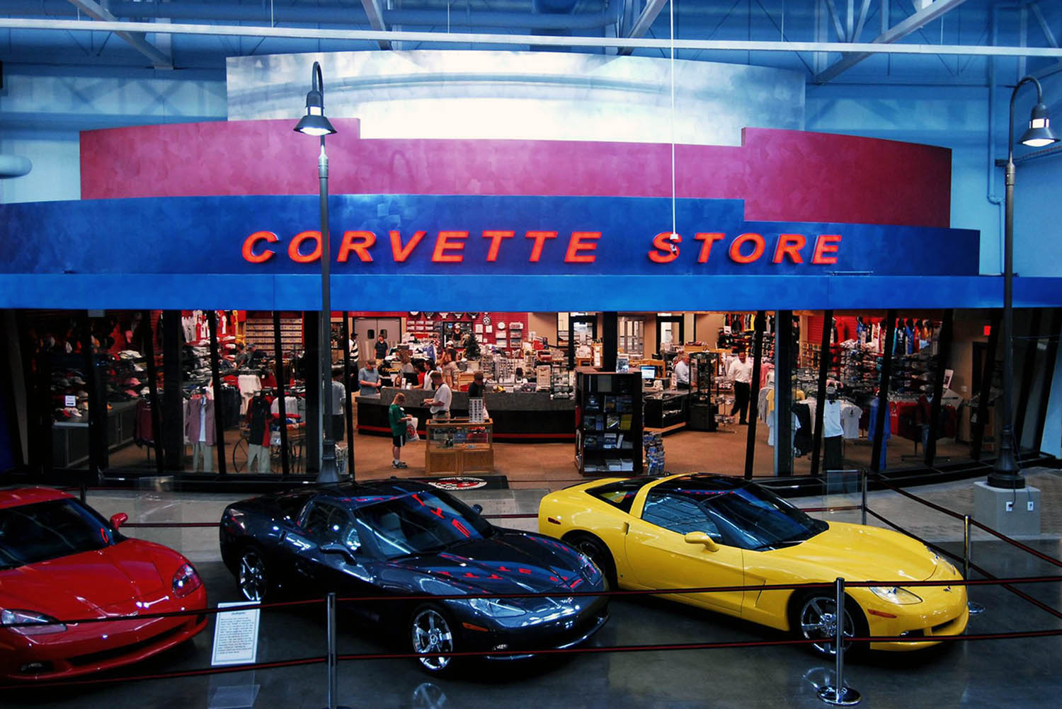National Corvette Museum >> Ashly And Dante Rev Up The National Corvette Museum Mondo Dr