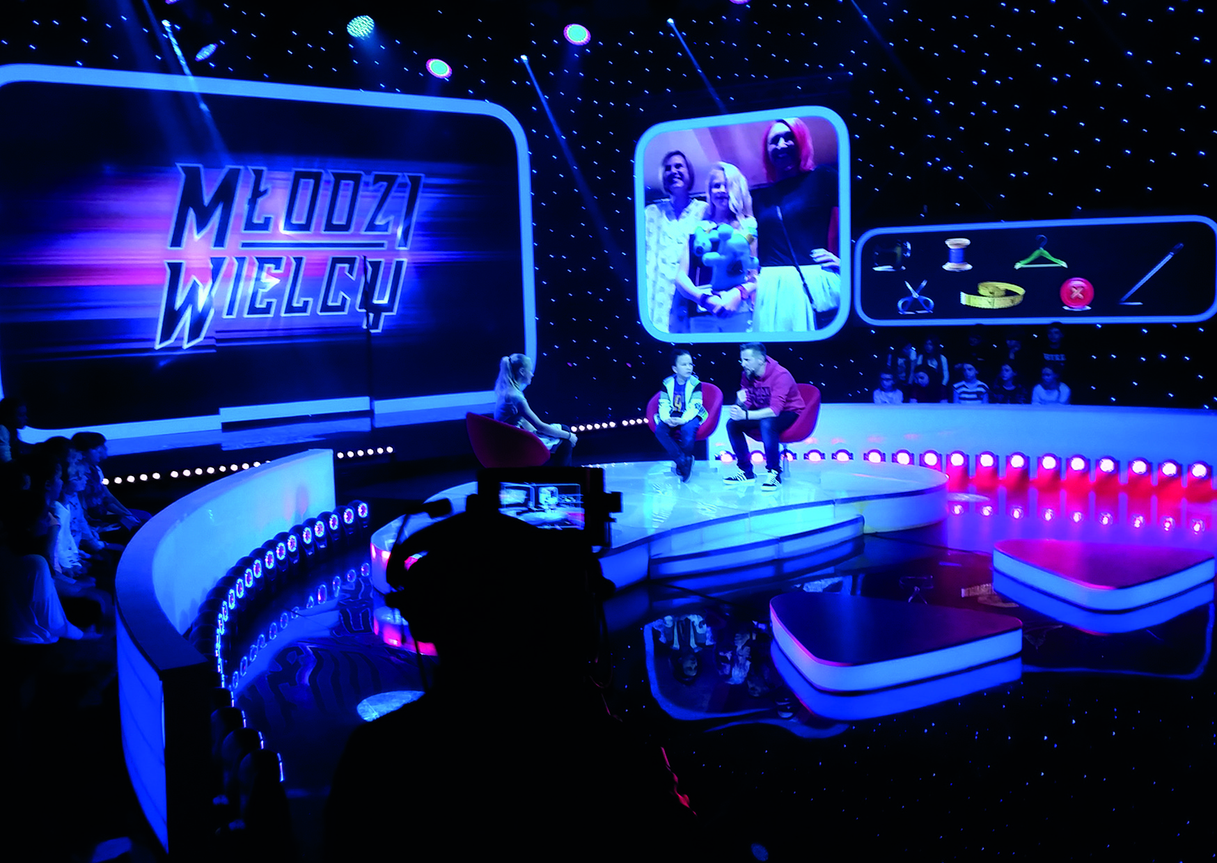 Tv Casting Show In Poland Relies On Cameo Movo Beam 100 Mondodr